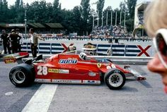 #28 Didier Pironi...Scuderia Ferrari SpA SEFAC...Ferrari 126CK...Motor Ferrari 021 V6 t 1.5...GP Italia 1981