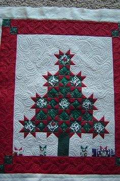 Great border design! great use of traditional blocks! Flickr.
