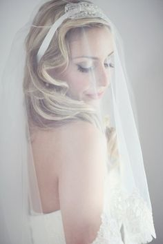 lace edged veil, great gatsby 1920s bride wedding