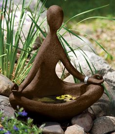 Meditation/bird bath. Great! Loved and Pinned by www.downdogboutique.com to our Yoga community boards