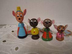 4 Vintage Disney Production Cinderella Mice Jaq Gus Wood Kokeshi Mouse Figurine