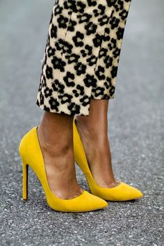 Y{HELLO}W #shoes http://www.frenchictouch.blogspot.com.au