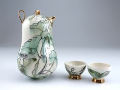 "Yoko Sekino Bove.  ""Hope against hope"" teapot"