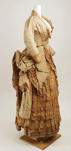 1885 wedding dress