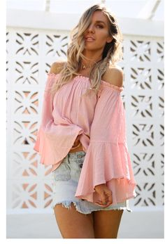 Gretty rose the label Bell Sleeves, Bell Sleeve Top, Squad, Fashion Inspiration, Label, Rose, Clothes, Roses, Clothing Apparel