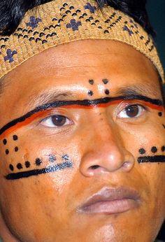 Ficheiro:Indio Yanomami.jpg