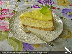 Zitronen - Käsekuchen (Amercan-Cheese-Cake-Style) mit Lemon Curd noch ein Cheesecake mit Lemon Curd Füllung + Rezept für Lemon Curd: http://www.chefkoch.de/rezepte/1465671251464339/Cheesecake-mit-Lemon-Curd-Fuellung.html