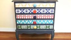 Watch How He Creates An Amazing Artsy New Look On This Antique Chest! | DIY Joy Projects and Crafts Ideas