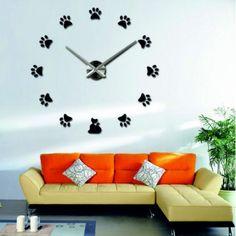 Plastikowy zegar ścienny - PAWS Indeks:  12S017-Wanduhr  Stan:  Nowy produkt  Stan:  In Stock  Wybierz własny kolor! Wypełnij wolne miejsce i zrelaksuj się w domu z nowym zegarem. Duże zegary ścienne to niepowtarzalna dekoracja Twojego wnętrza. Czas na zmiany. Stan, Clock, Wall, Home Decor, Watch, Decoration Home, Room Decor, Clocks, Walls