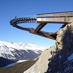"""427 Me gusta, 2 comentarios - BRIDGES AROUND THE WORLD (@puentes_bridges) en Instagram: """"#Repost @cafecivil #puentes #bridges #puentes_bridges ・・・ glacier skywalk #columns…"""""""