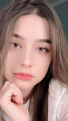 Beautiful Girl Quotes, Beautiful Girl Photo, Face Aesthetic, Aesthetic Girl, Attractive Girls, Spring Makeup, Anime Girl Cute, Without Makeup, Cute Beauty