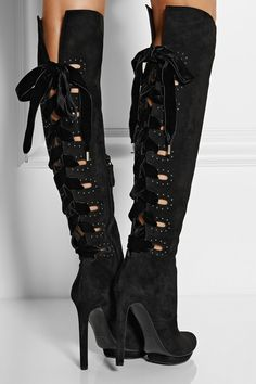 Sexy, sexy... I'm so hot! I'm not a fan of overt sexuality like big ole bosoms and parading a big batty cleavage but understated sexiness like these Alexander McQueen boots... oh yeah, bring it on!! Alexander McQueen Cutout Suede Knee Boots Fall 2014