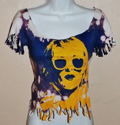 Very cool graphic t shirt cut fringed acid washed by Forever peace