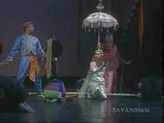 Bayanihan Philippine Dance Company - Singkil @thisisfrancis ... maybe you like :-) ?
