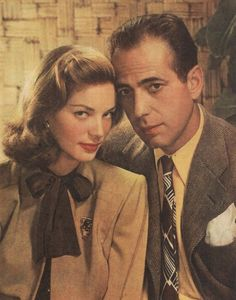 Lauren and Humphrey in matching earth tones. 39 Unbelievably Radiant Pictures Of Lauren Bacall Hollywood Couples, Old Hollywood Stars, Golden Age Of Hollywood, Hollywood Icons, Celebrity Couples, Humphrey Bogart, Lauren Bacall, Classic Movie Stars, Classic Movies