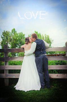 a wedding at the Botanic gardens at Chatfield Colorado