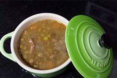 Lentejas estofadas. Qué ganas tenía ya de un plato de cuchara! Y si tengo que elegir legumbre, mis preferidas son las lentejas