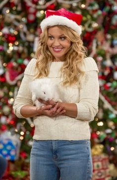Beautiful one styles Candace Cameron Bure Family, Candice Cameron Bure, Atypical, Rupaul, Dj Tanner Fuller House, Hallmark Movies, Dark Blonde, Full House, Cute Fashion