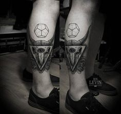 Levin really nailed this calf's skull tattoo. Black Ink Tattoos, Love Tattoos, Black And Grey Tattoos, Art Tattoos, Tatoos, Calf Tattoo, I Tattoo, Masonic Tattoos, Tiny Tattoos For Women