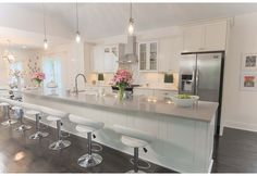 Masters of Flip on HGTV, your source for Masters of Flip videos, full episodes, photos and updates. Watch Masters of Flip on HGTV. Kitchen Dining, Kitchen Decor, Kitchen Ideas, Kitchen Inspiration, Kitchen Designs, Design Inspiration, Scullery Ideas, Masters Of Flip, Kitchen Orangery