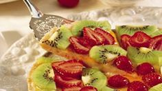 When fresh fruit just isn't enough, add a sweet cookie crust.  Voilà!  It's a special-occasion dessert!