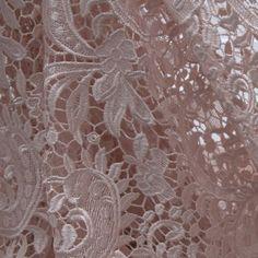 Tecido guipir rosê pot pourri