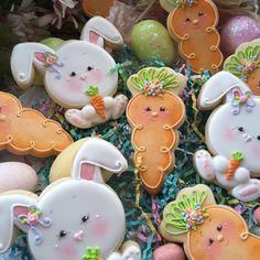 Fancy Cookies, Cute Cookies, Easter Cookies, Easter Treats, Cupcake Cookies, Cupcakes, Carrot Cookies, Iced Cookies, Royal Icing Cookies