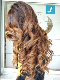 Inconfondibile. Degradé Joelle! #cdj #degradejoelle #tagliopuntearia #degradé #igers #musthave #hair #hairstyle #haircolour #longhair #ootd #hairfashion #madeinitaly #wellastudionyc