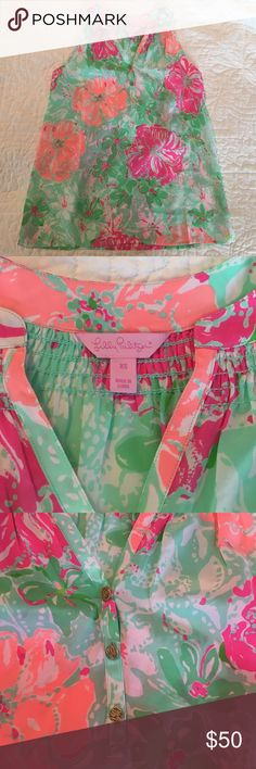 Lilly Pulitzer Top XS Beautiful Lilly Pulitzer Sleeveless Top size XS 100% Silk worn once and dry cleaned Lilly Pulitzer Tops Blouses