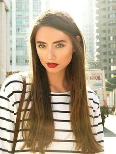Love the make-up! Brown long hair. Day makeup. Striped tee. Red lips. Straight hair.