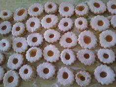 Galletas con miel. Ver la receta http://www.mis-recetas.org/recetas/show/34188-galletas-con-miel