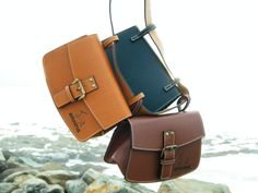 Black, brown and honey color. www.encara.it 65 euro with belt