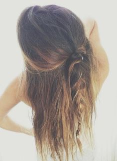 teased half pony braid
