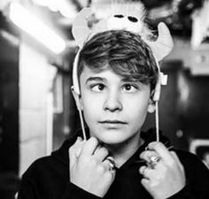 ❤️❤️❤️Leondre ❤️❤️❤️ Let You Go, All About Leo, Baby Bar, Bars And Melody, Character Inspiration, Fangirl, Bae, Sweet, People