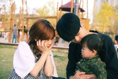 Korean family So cuuute~