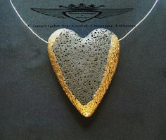 Echter Lavastein, 24 Karat vergoldet, Kettenanhänger, Herzform, Handarbeit,