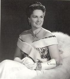 Begum Yvette Aga Khan III