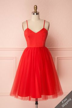 Red tulle party dress by Jordan de Ruiter for prom, special occasion, wedding Best Party Dresses, Hoco Dresses, Party Dresses For Women, Pretty Dresses, Homecoming Dresses, Sexy Dresses, Beautiful Dresses, Formal Dresses, Dress Prom