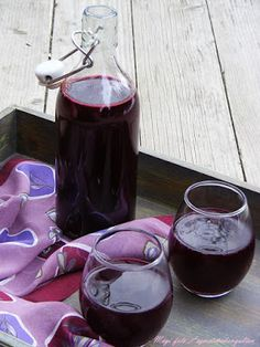 Vegetarian Recipes, Cooking Recipes, Healthy Recipes, Canning Pickles, Ginger Juice, Food Styling, Preserves, Red Wine, Alcoholic Drinks