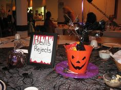 halloween wedding in woodbury ny halloween weddings purple table and centerpieces - Halloween Wedding Table Decorations