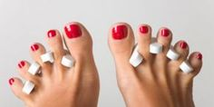 Will getting a pedicure help you go into labor? Find out the truth about whether getting a pedicure will help you go into labor. Pedicure At Home, Pedicure Spa, Manicure And Pedicure, Nails And More, Hair And Nails, Healthy Fingernails, Diy Beauty, Beauty Hacks, Beauty Tips