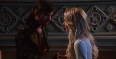 'Once Upon a Time' 5×04 sneak peek: Can Hook save Emma from herself?