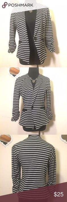 Charlotte Russe Black/White stripe Blazer, size L Charlotte Russe Black/White stripe Blazer, pleather detailing at the intimidating pockets with rutching at the bottom hens if each sleeve. size L Charlotte Russe Jackets & Coats Blazers