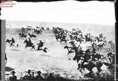 April The Oklahoma land rush begins. At precisely high noon, thousands of would-be settlers make a mad dash into the newly opened Oklahoma Territory to claim cheap land. Oklahoma Land Rush, Oklahoma City, Oklahoma Sooners, Edmond Oklahoma, Norman Oklahoma, Historical Society, Historical Sites, Historical Photos, Indian Territory
