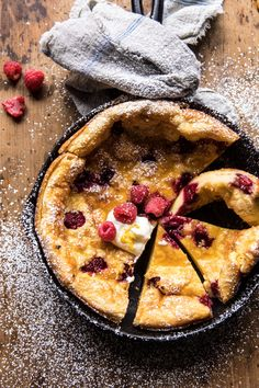 Raspberry Lemon Ricotta Dutch Baby –> Saturday night breakfast for dinner because that's what my mom taught me to do. She's the BEST and BRIGHTEST and trust me, this Dutch Baby… Brunch Recipes, Breakfast Recipes, Dessert Recipes, Summer Recipes, Coctails Recipes, Breakfast Casserole, Baby Breakfast, Breakfast Ideas, Ricotta