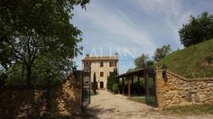 Amazing new 4 #bedroom #house set in #Monte San#Martino, Marche.