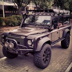 Defender 110, off roading, wheels, expedition, trail blazing. All wheel drive, retro, and vintage.