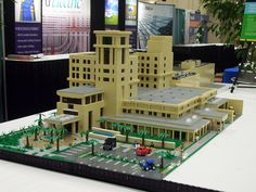 Holmes Regional Medical Center Building Eat Your Heart Out, Lego Architecture, Lego Stuff, Lego Building, Medical Center, Lego Creations, Regional, Buffet, Buildings
