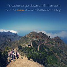 webtenerife.com  Tenerife, Anaga  Es más fácil bajar la montaña que subirla, pero la vista desde la cima es mejor. // It's easier to go down a hill than up it but the view is much better at the top. // Es ist einfacher einen Berg hinab als hinauf zu gehen, jedoch ist die Aussicht von der Spitze viel schöner. Teneriffa