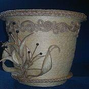 Купить или заказать ваза из джута в интернет магазине на Ярмарке Мастеров. С доставкой по России и СНГ. Срок изготовления: три дня. Материалы: джутовая нить, бусины под жемчуг,…. Размер: высота 45см